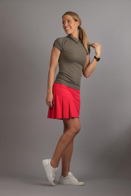 KIU Pleated Skirt fuschia